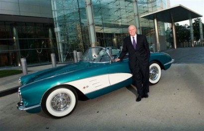 gm_ceo_dan_akersons_1958_chevrolet_corvette_sells_for_270k_at_barrett_jackson_for_charity_z4mlf