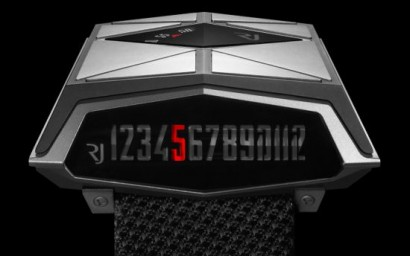rj_romain_jeromes_first_pilots_watch_spacecraft_combines_retro_futuristic_aesthetics_and_horological_complexity_lmkbj