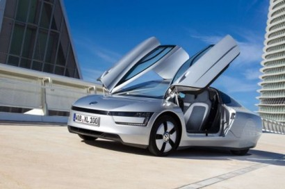 volkswagen_xl1_plug_in_hybrid_will_be_the_worlds_most_fuel_efficient_production_car_tiyot