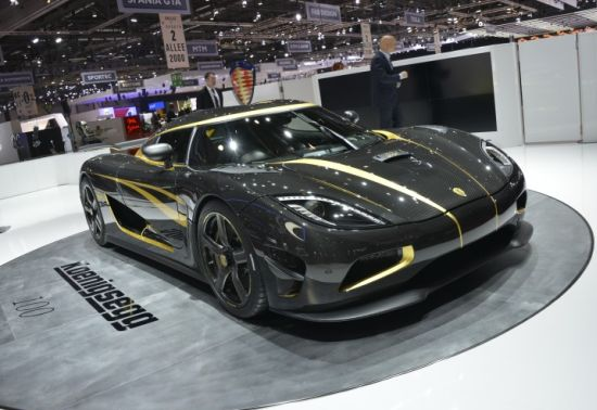 koenigesggs_100th_production_car_hundra_is_a_one_off_agera_s_built_for_an_excited_car_collector_78tsz